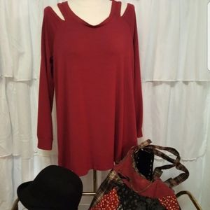 Kenneth Cole Reaction Cold Shoulder Tunic Top